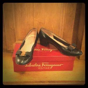 Vintage Salvatore Ferragamo Vara Style Shoes.